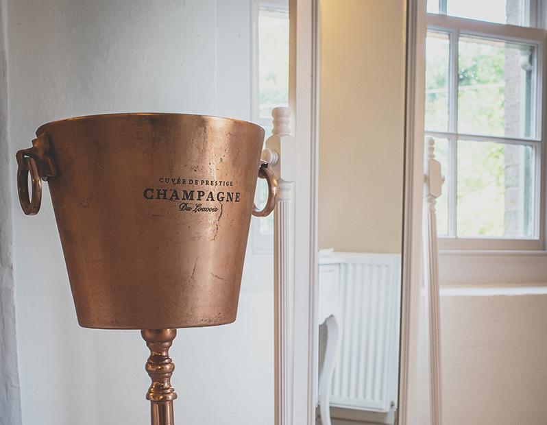 Prop Hire – Copper Ice Bucket