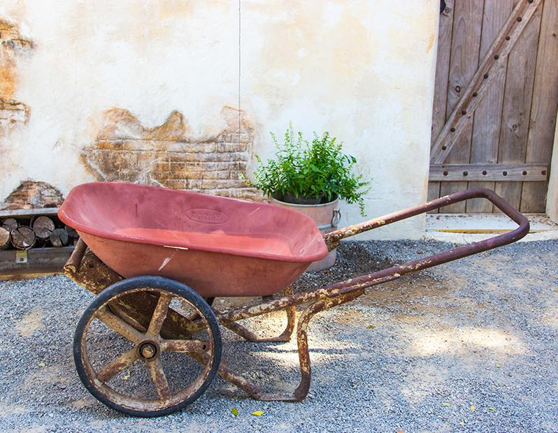 Prop Hire – Vintage Wheelbarrow
